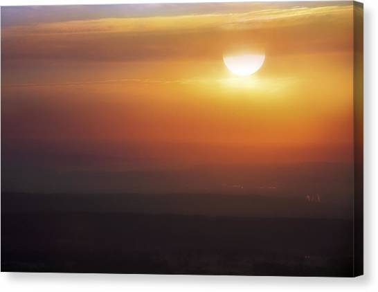 Misty Peaks And Valleys Under The Rising Sun - Mt. Nebo - Arkansas Canvas Print