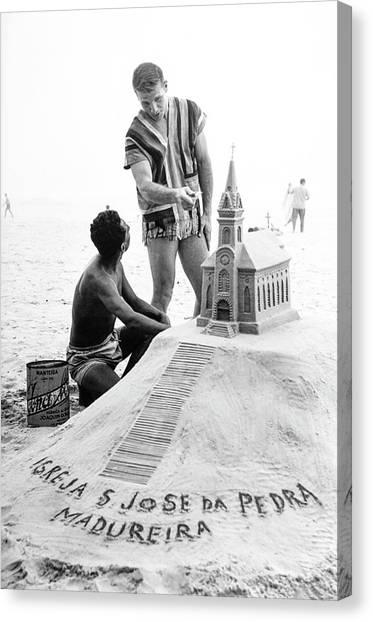 Model By Sand Sculpture Canvas Print by Richard Waite