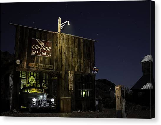 Mojave Nights At The Chevron Gas Station Canvas Print
