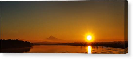 Monday Morning Columbia River Mount Hood Canvas Print
