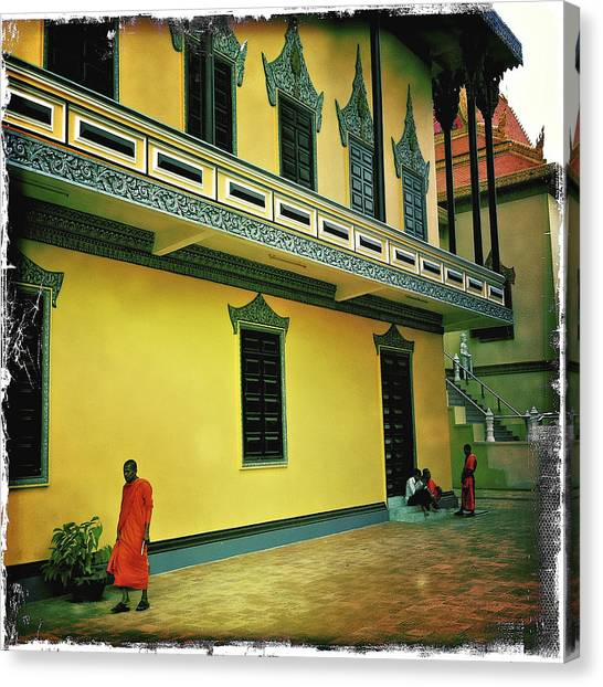 Monks At Ounalom Pagoda In Cambodia Canvas Print