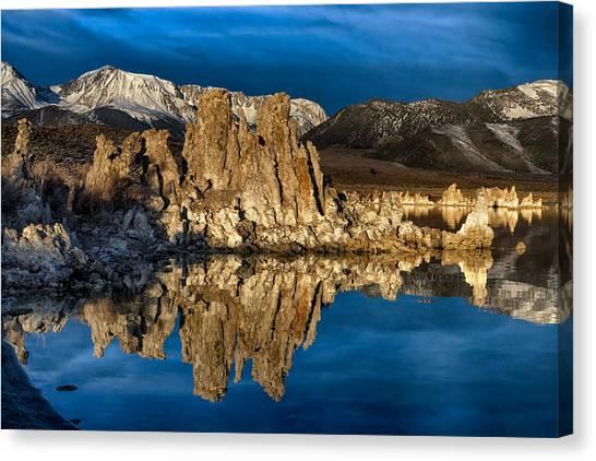 Mono Lake In March Canvas Print