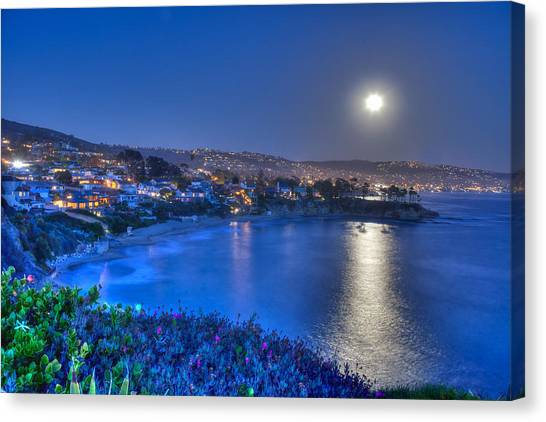 Moon Over Crescent Bay Beach Canvas Print
