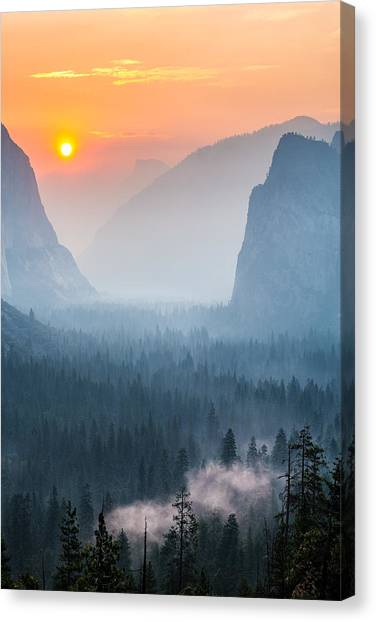 Morning Mist In The Valley Canvas Print
