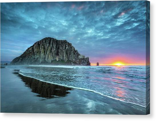 Morro Sunset Canvas Print by Tom Grubbe