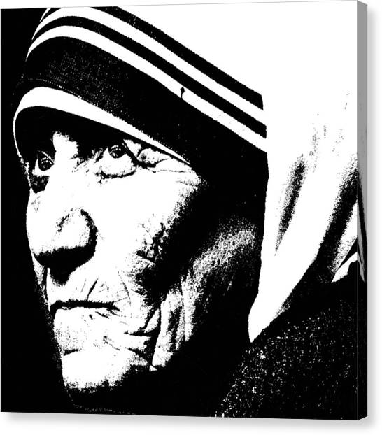 Mother Teresa Canvas Print by Penny Ovenden