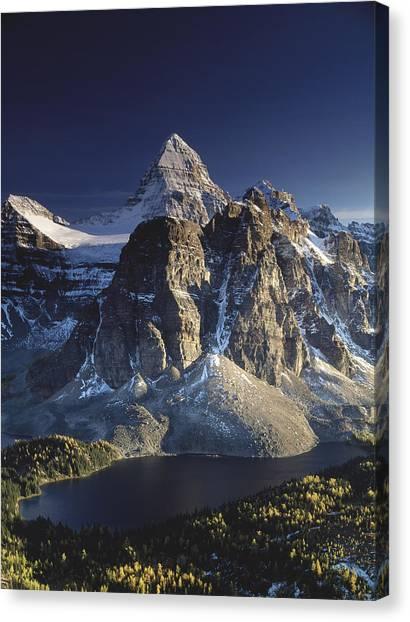 Mount Assiniboine And Sunburst Lake Canvas Print by Richard Berry