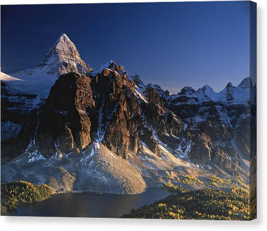 Mount Assiniboine And Sunburst Peak At Sunset Canvas Print