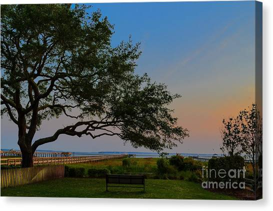 Mount Pleasant Sunset Canvas Print