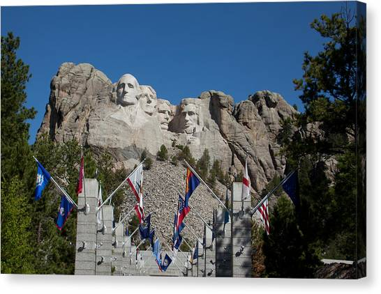 Mount Rushmore Avenue Of Flags Canvas Print