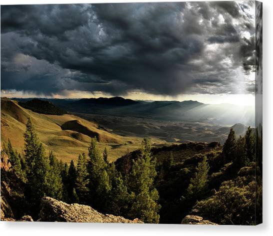 Eye-catching Canvas Print - Mountain Evening by Leland D Howard