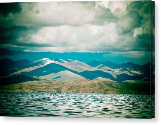 Mountain Lake In Tibet Manasarovar Canvas Print