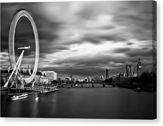 London Eye Canvas Print - Movement by Arthit Somsakul
