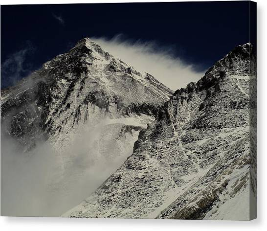 Canvas Print - Mt Everest by Leanna Shuttleworth