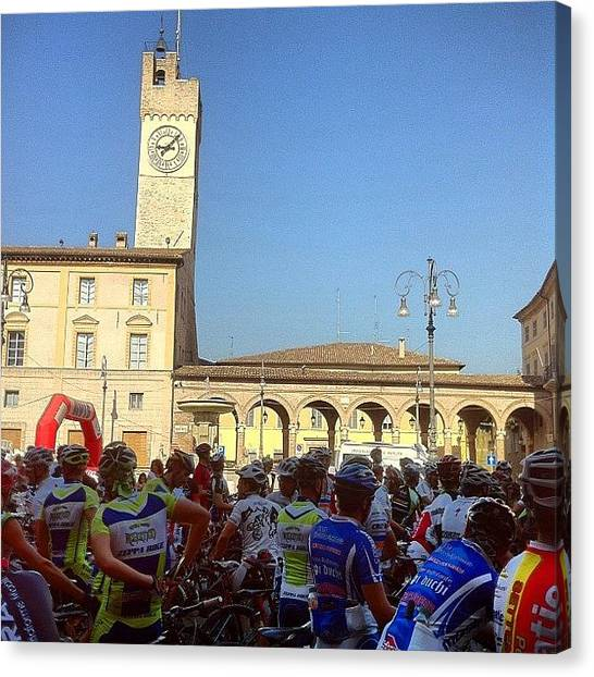 Biker Canvas Print - #mtb #start #coppa #gara #mountainbike by Simone Montemezzo