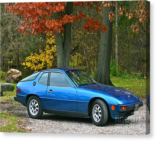 My 1977 Porsche 924 Canvas Print