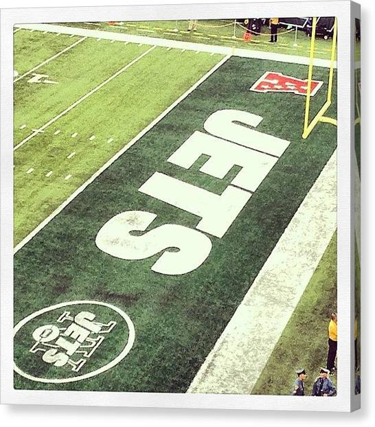 Touchdown Canvas Print - My Team..#tagdistrict.app #football by Robert Zarzuela