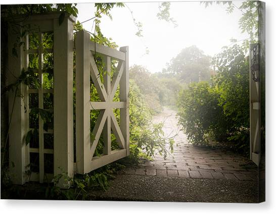 Mystic Garden - A Wonderful And Magical Place Canvas Print
