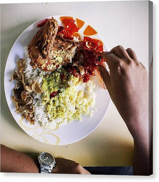 Georgetown University Canvas Print - Nasi Campur, Fried Chicken, Deep Fried by David  Hagerman