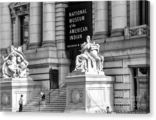 Smithsonian Institute Canvas Print - Nyc National Museum Of The American Indian by Regina Geoghan