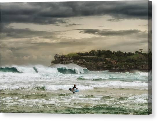 Natures Fury Surfers Paradise - Bondi Beach - Australia - Colour Canvas Print