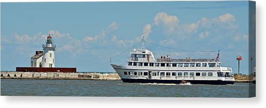 Jibbing Canvas Print - Nautica Queen In Lake Erie Harbor by Frozen in Time Fine Art Photography