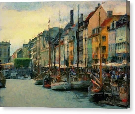 Nayhavn Street Canvas Print