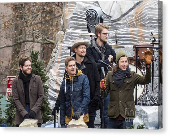 Macys Parade Canvas Print - Needtobreathe On Mount Rushmore Float At Macy's Thanksgiving Day Parade by David Oppenheimer