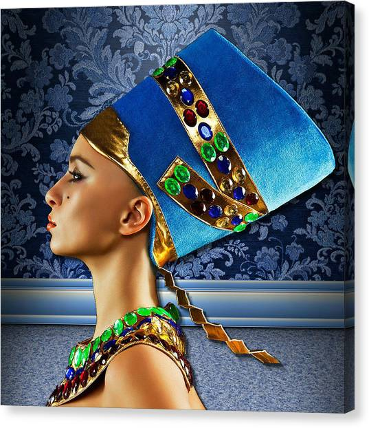 Nefertiti 2 Canvas Print