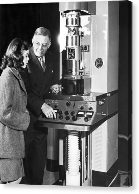 Northwestern University Canvas Print - New Electron Microscope by Underwood Archives