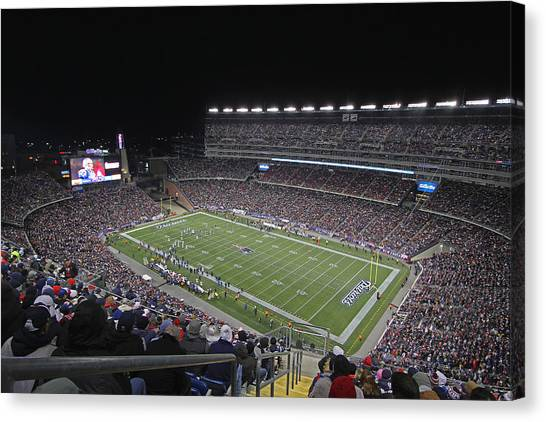Patriot League Canvas Print - New England Patriots And Tom Brady by Juergen Roth