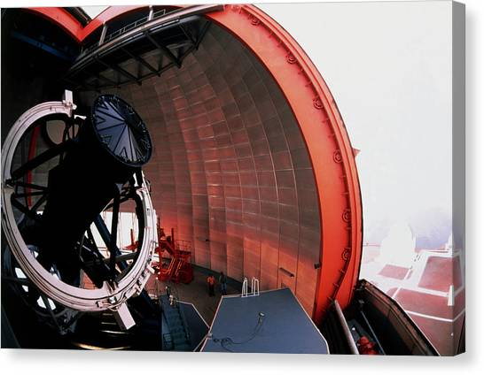 New Technology Telescope At La Silla Canvas Print by David Parker/science Photo Library