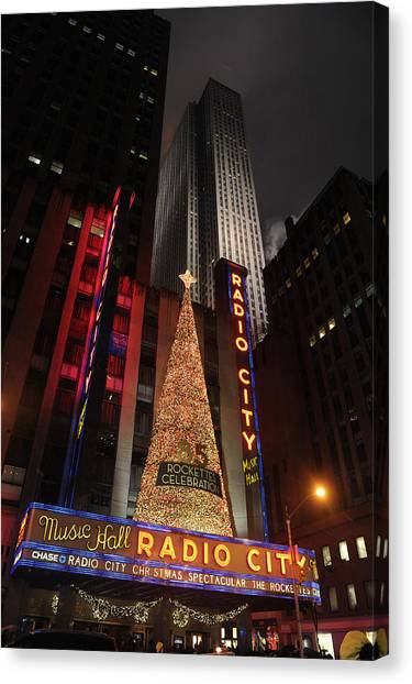 New York Christmas Canvas Print by Stephen Richards