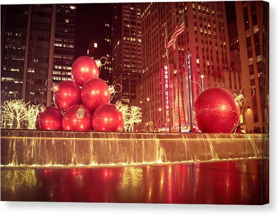 New York Giants Canvas Print - New York City Holiday Decorations by Vivienne Gucwa