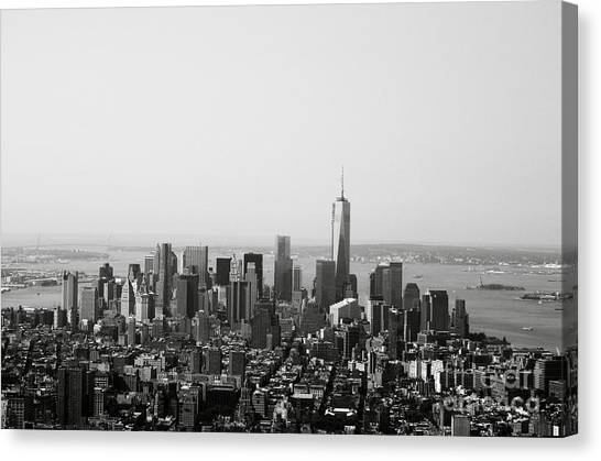 Statue Of Liberty Canvas Print - New York City by Linda Woods