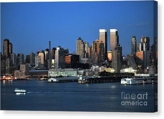 New York City Skyline At Dusk Canvas Print