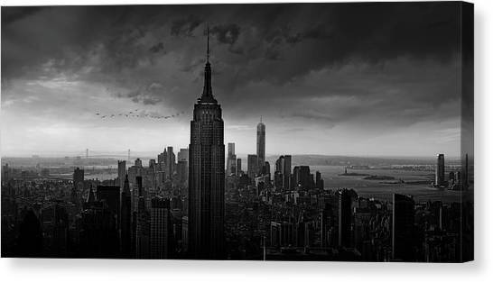Manhattan Canvas Print - New York Rockefeller View by Wim Schuurmans