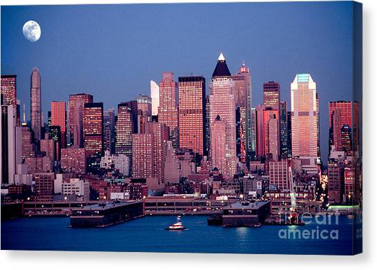 New York Skyline At Dusk Canvas Print