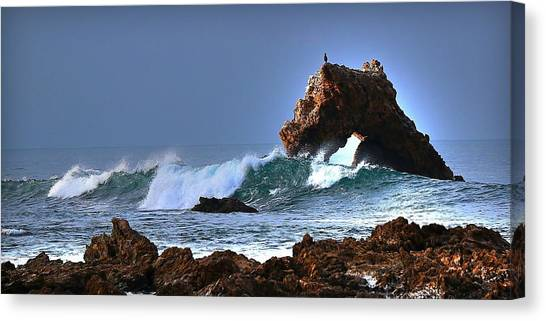 Tides Canvas Print - Newport Arch by Ryan Smith