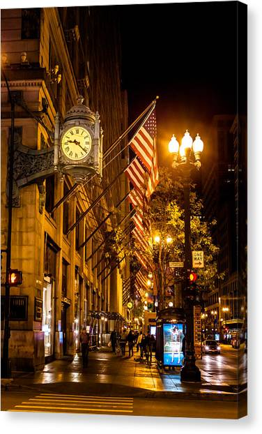 Nine Twenty Two In Chicago And All Is Well Canvas Print