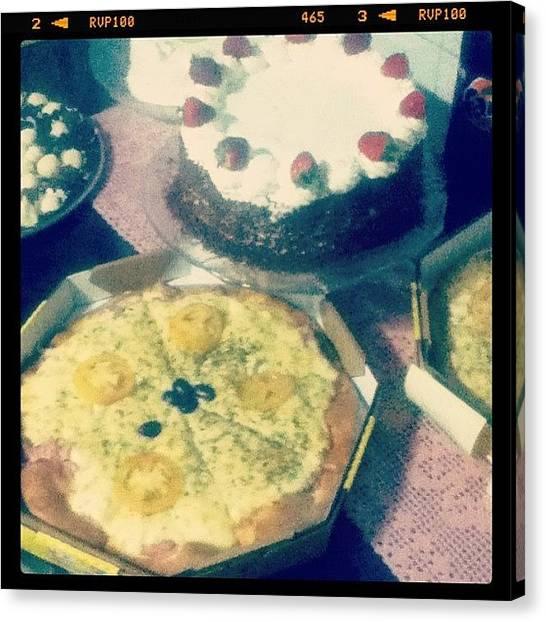 Happy Birthday Canvas Print - Niver Da Mãe! #pizza #cake #candy by Vinicius Nabuco