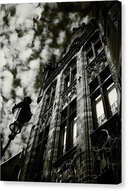 Noir Moment In Brugges Canvas Print