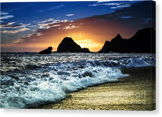 Norcal Sunset On Jenner Beach Canvas Print