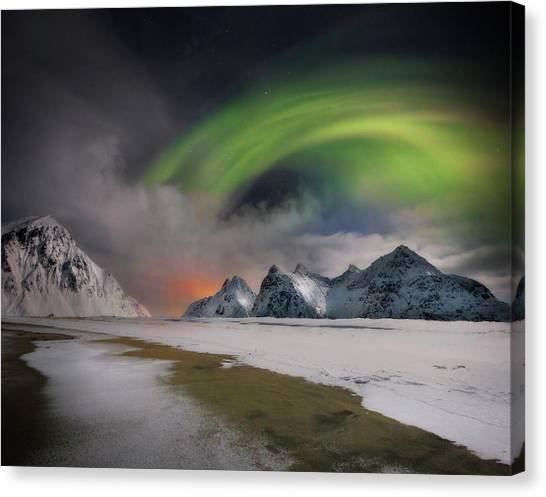 Aurora Borealis Canvas Print - Northern Lights by Ignacio Palacios