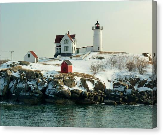 Nubble In Winter Canvas Print by Elaine Franklin