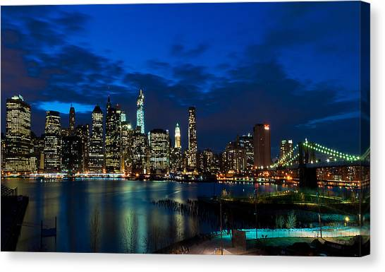 Ny Skyline From Brooklyn Heights Promenade Canvas Print