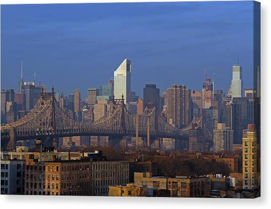 Nyc Citicorp Center And Queensboro Bridge Canvas Print by Juergen Roth