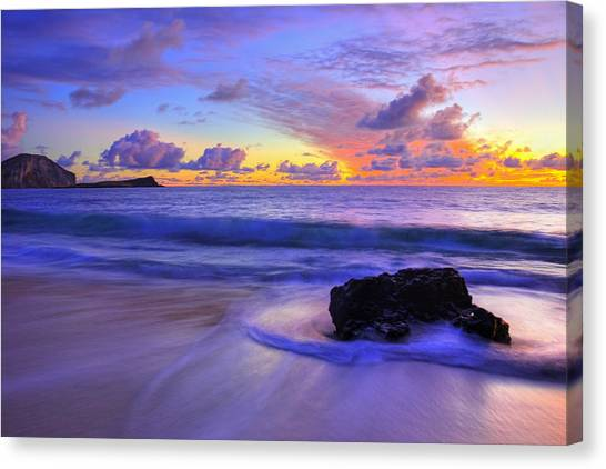 Oahu Sunrise Canvas Print