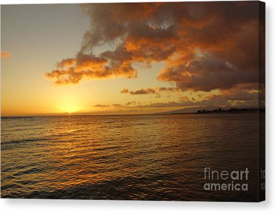 Oahu Sunset Canvas Print by Nur Roy
