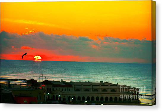 Ocean City Sunrise Over Music Pier Canvas Print